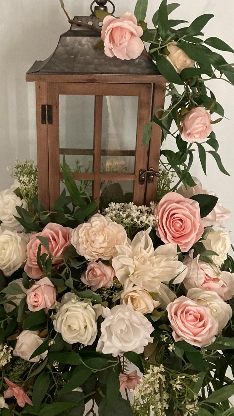 The Wedding Flower Hutch LLC