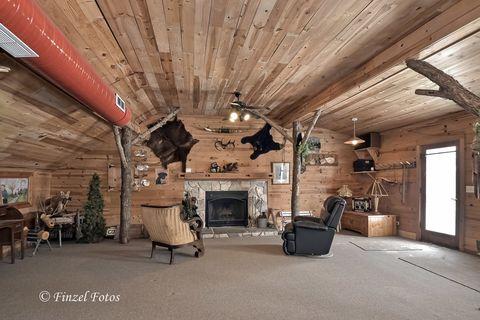 Mudd Creek Lodge & Boat Storage