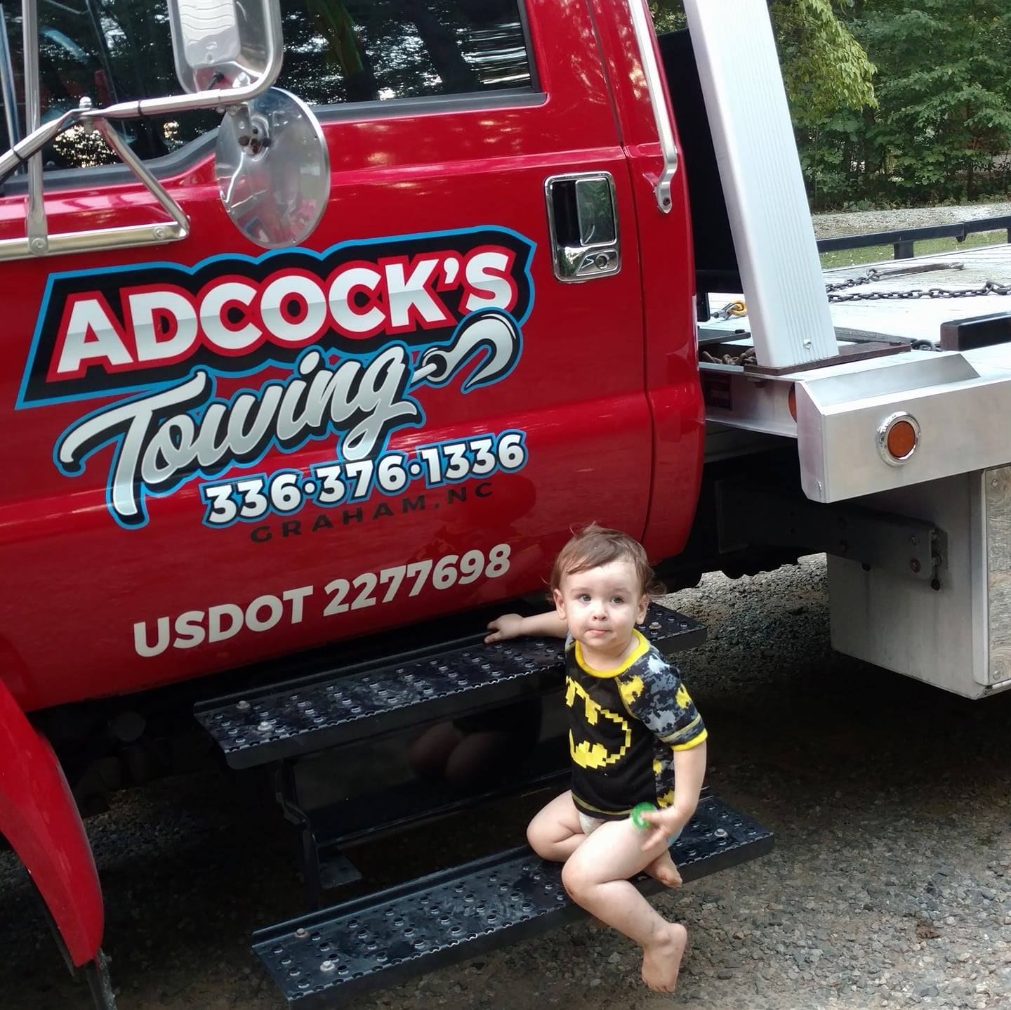 Adcock's Towing