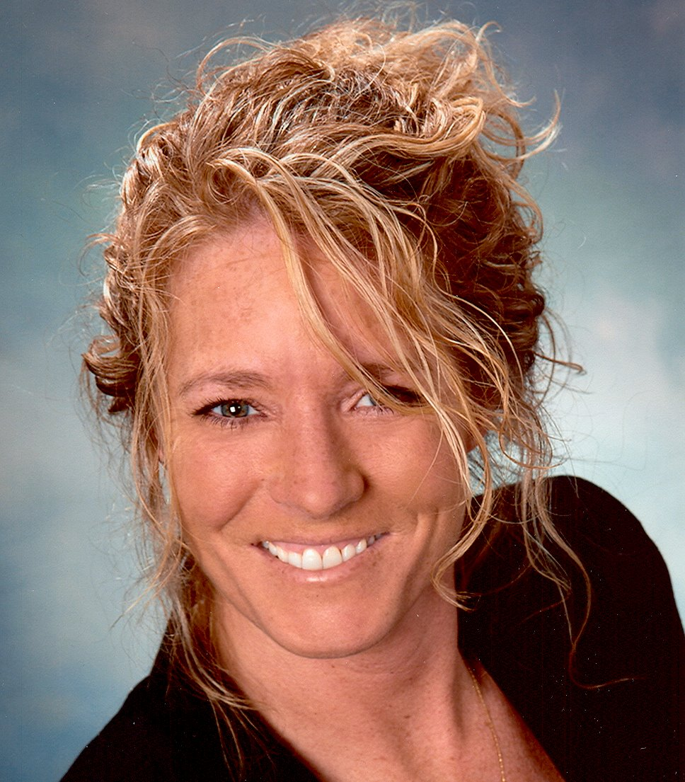 Lisa Lowe with RE/MAX Affiliates