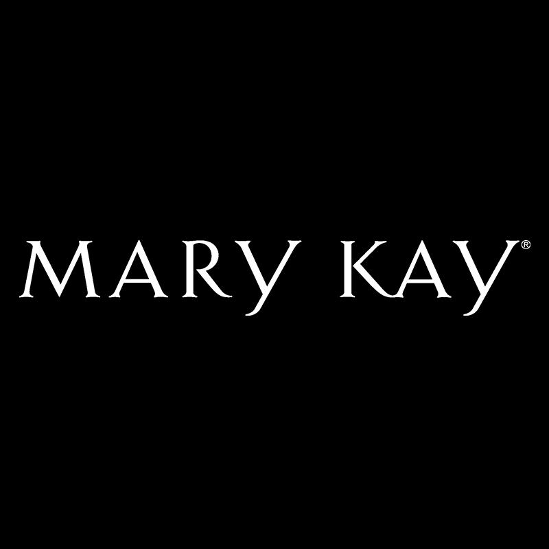 Vickie Coates with Mary Kay
