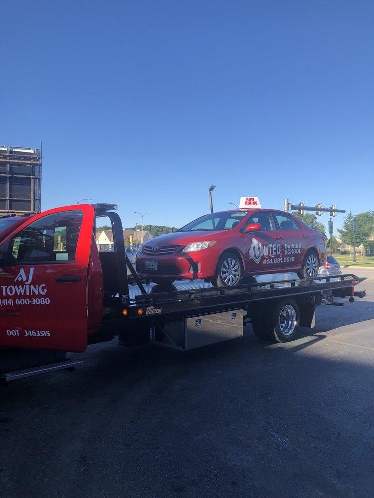 AJ Towing & Auto Care